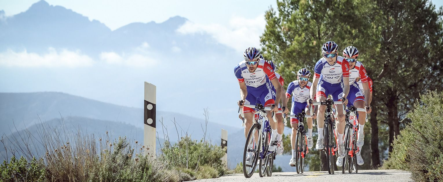 What is important when buying a BBB road bike helmet?