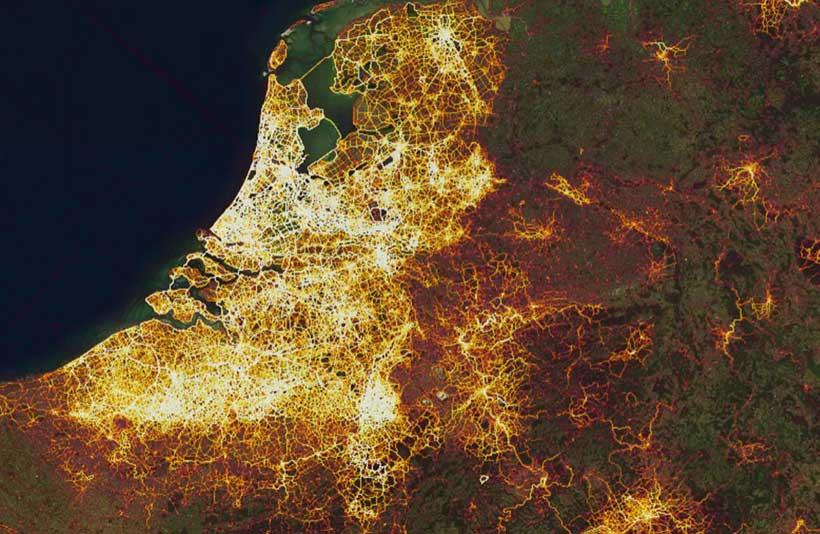 Drukte op Nederlandse fietspaden