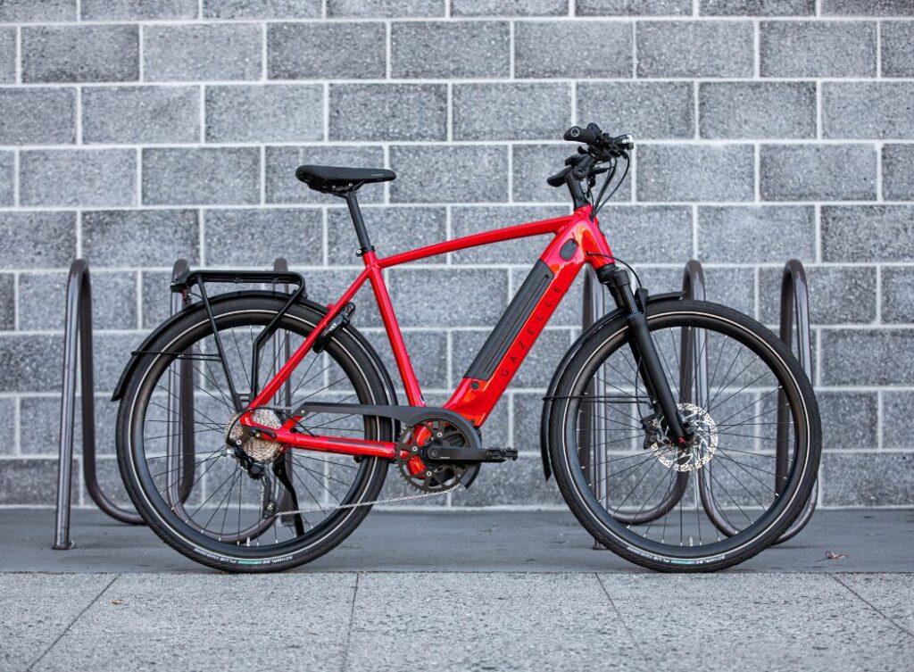 Rotes Gazelle Fahrrad